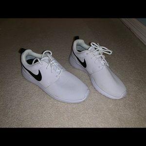 Nike Roshe One's!